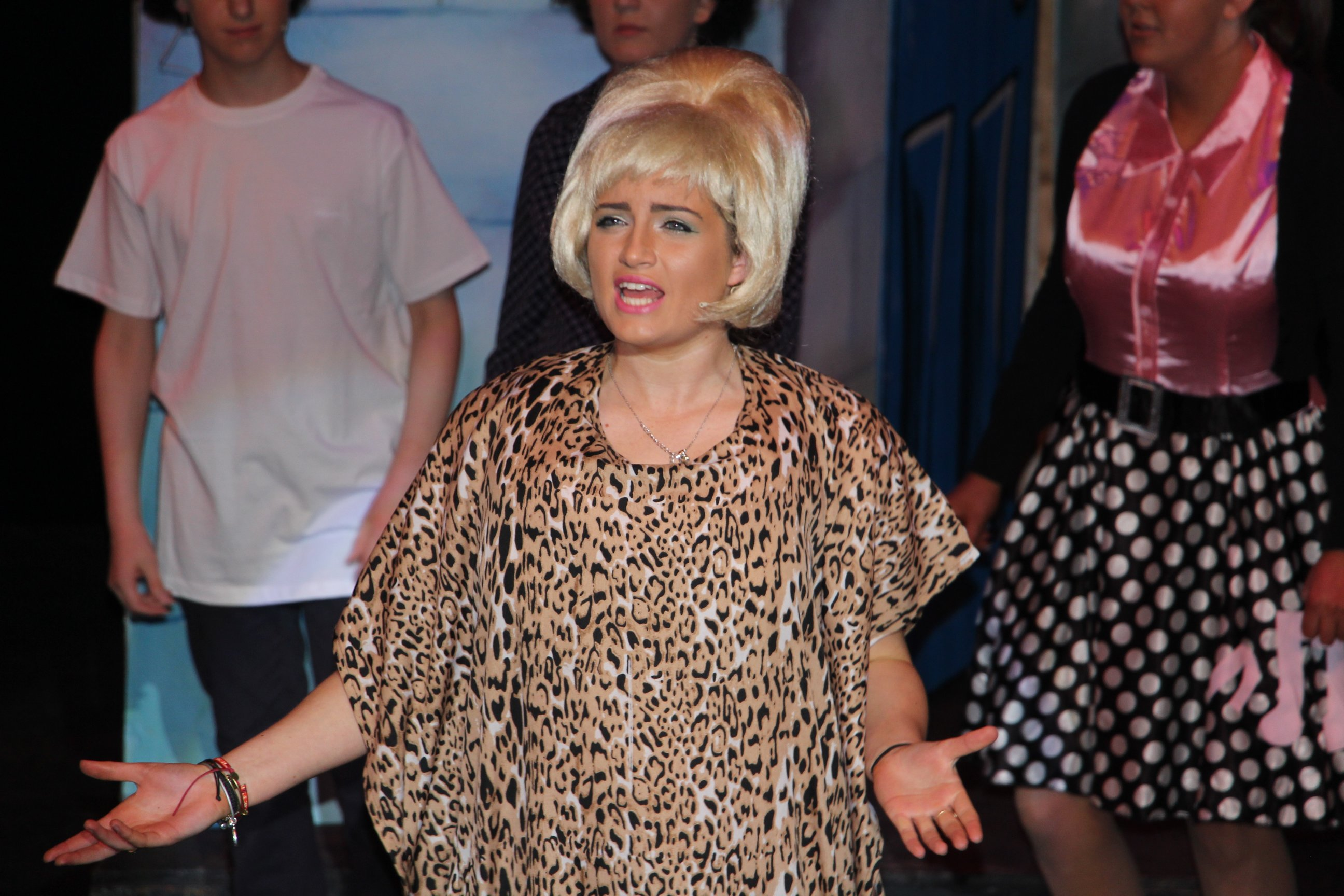 rsz maria lohan sparkles as motormouth maybelle in hairspray the musical put musical title in italics please