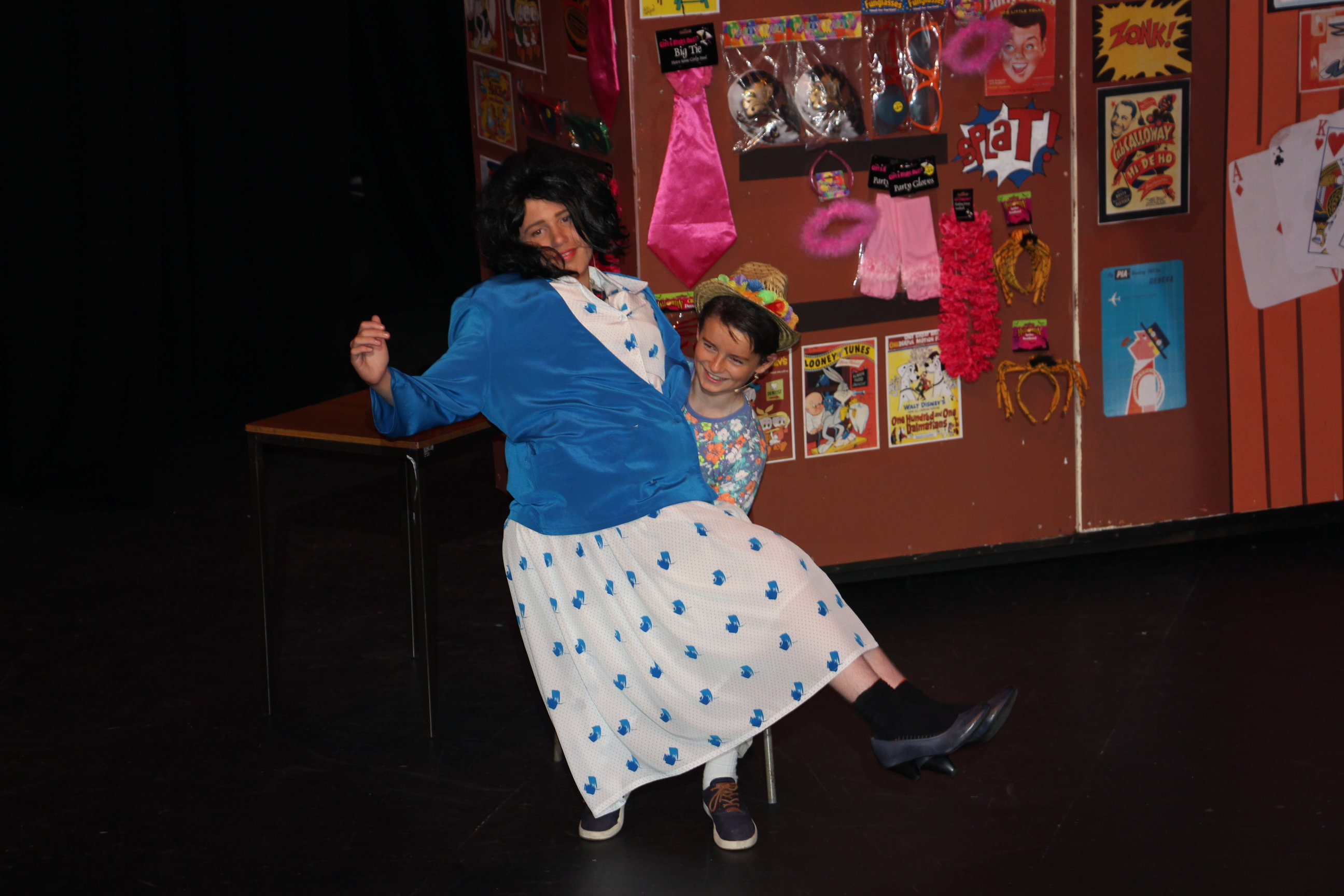 rsz perfect comic timing from sean egan as edna turnblad and michael lohan as wilbur turnblad